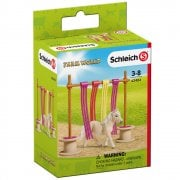 Schleich Farm World Pony Curtain Obstacle Set